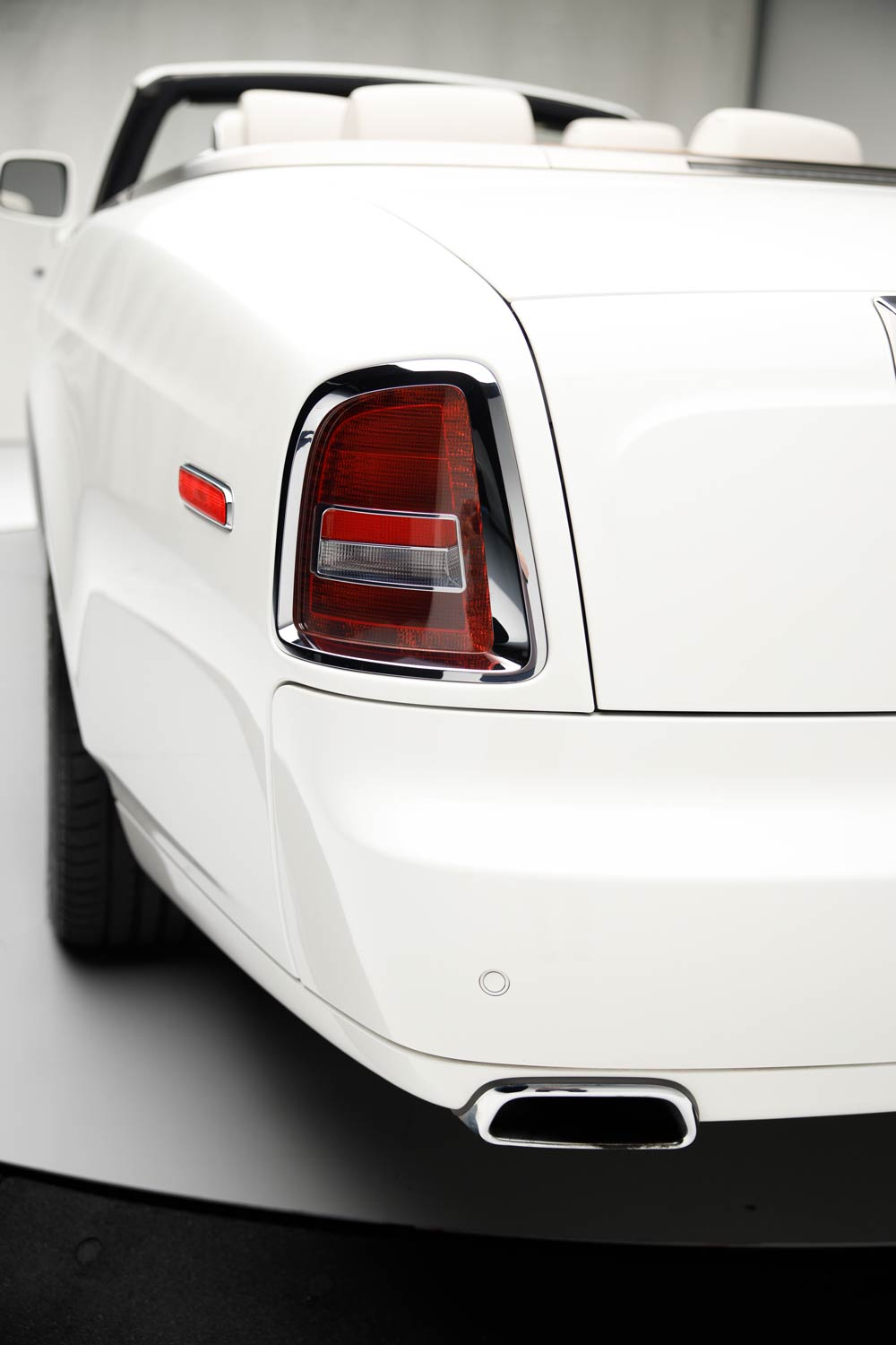2011 Rolls-Royce Phantom Drophead Coupe - The JBS Collection