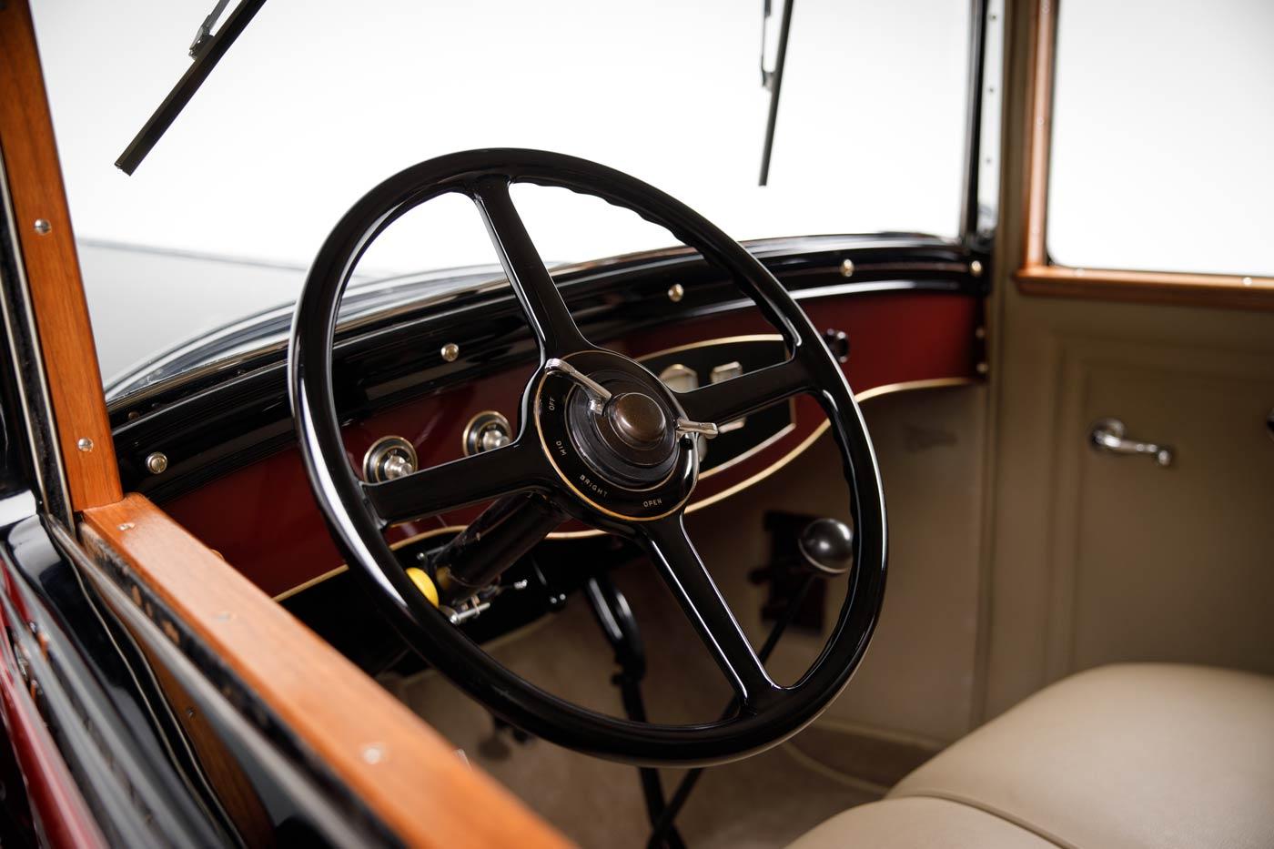 1929 Pierce-Arrow Model 133 Limousine - The JBS Collection