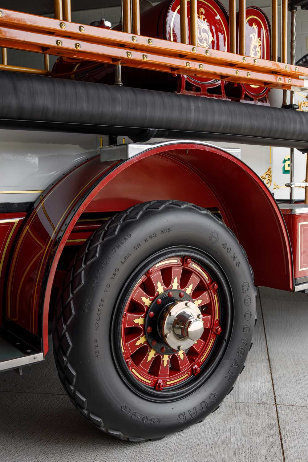 1925 Ahrens-Fox Firetruck - The JBS Collection