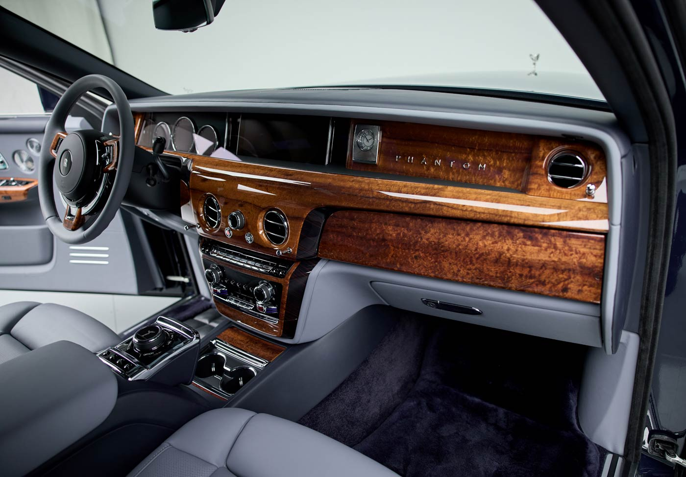 2021 Rolls-Royce Phantom Extended - The JBS Collection